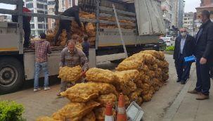 Cumhurbaşkanı Erdoğan'ın Talimatıyla Alınan Patatesler Rize ve İlçelerine Ulaştı