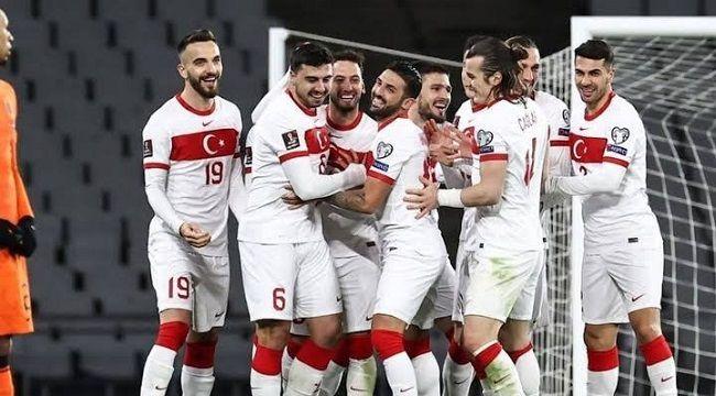 A Milli Takım'ın EURO 2020 Aday Kadrosu Açıklandı