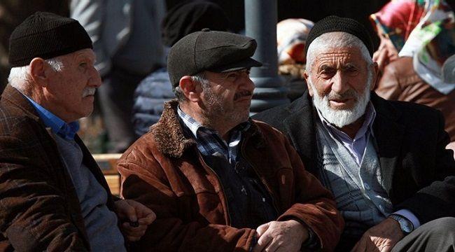 Emeklilerin Bayram İkramiyeleri Ödeniyor